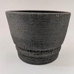 Pot en grés noir de chez Terre d'Art et de hasard - Semences du Puy